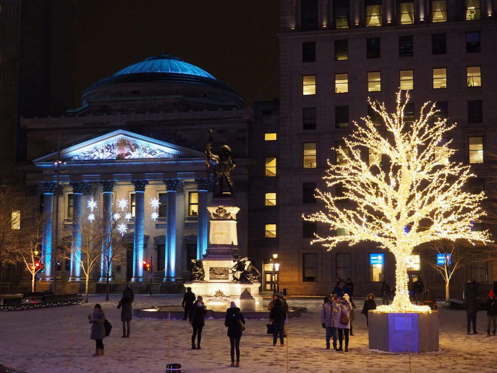 Place d'armes- Ambiance de Noël à Montréal